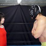 青島かえでが煩悩寺プロレスに挑戦! 身長144cmの思春期ボディ